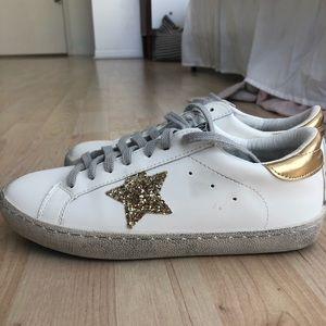Golden goose gold star dupes!!